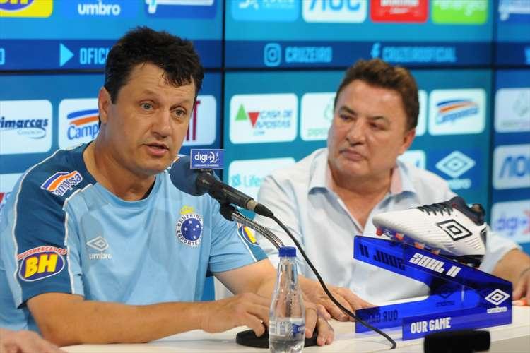 Adilson Batista prometeu justiça na escalação do time na reta final do Brasileiro