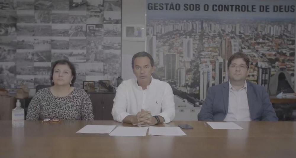 Coletiva via web realizada na prefeitura de Campo Grande nesta quarta-feira (18) — Foto: Reprodução/Internet