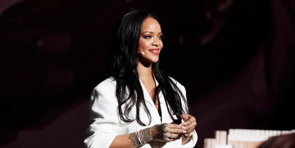 Rihanna doou US$ 5 milhões para ajudar no combate ao novo coronavírus pelo mundo - Foto: Reprodução/Facebook