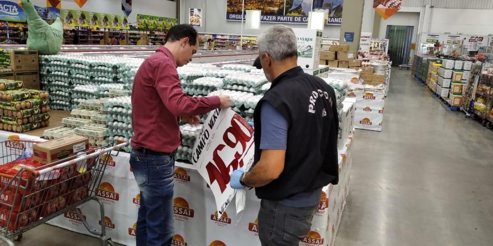 Supermercados de MS foram vistoriados e preço do ovo estava superior ao antes praticado, diz superintendente — Foto: Procon-MS/Divulgação