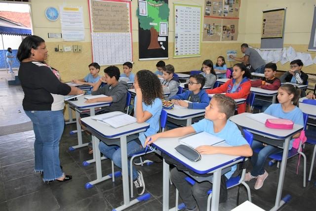 Prefeitura convoca mais 400 professores aprovados em concurso da Semed