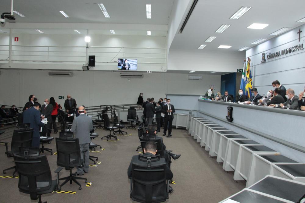 Vereadores aprovam Refis com descontos em juros de até 100% para contribuintes