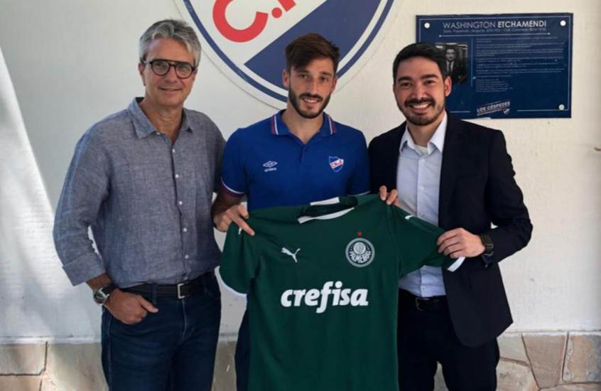 Palmeiras acertou data para desembolsar um terço de uma das parcelas da compra de Matías Viña - Foto: Divulgação