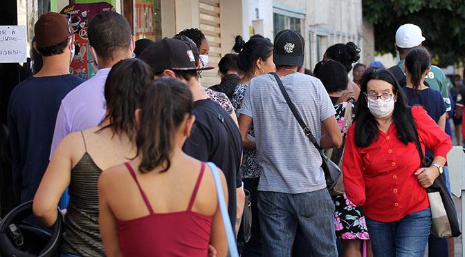 Aglomeração de pessoas favorece contágio acelerado, e MS está a um passo dos 2 mil casos de Covid