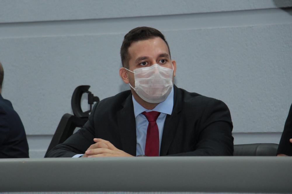 Maksoud comenta convocação de mais médicos para reforçar atendimentos em unidades de saúde