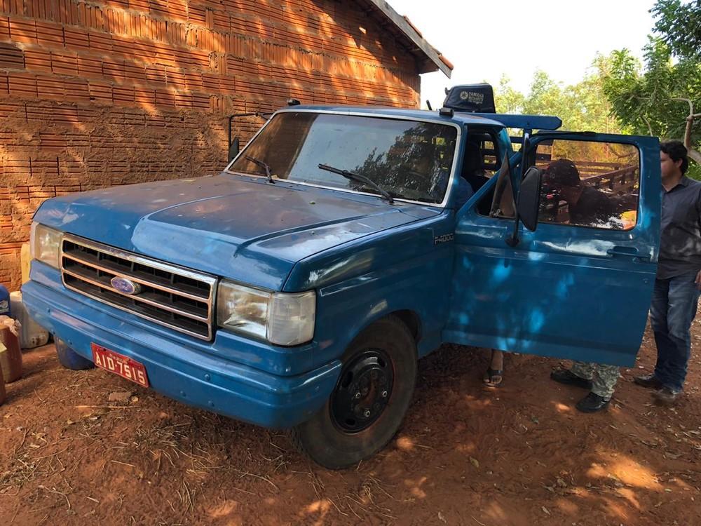 Investigação apreendeu caminhonete furtada em assentamento de MS — Foto: Polícia Civil/Divulgação