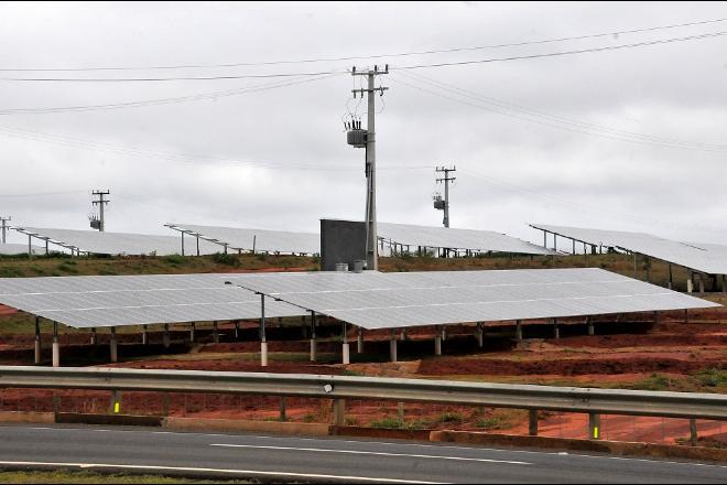 Projeto de lei apresentado por deputado de MS quer impedir que a geração de energia solar seja taxada pelo setor - Foto: Valdenir Rezende/Correio do Estado